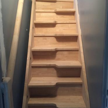 d couvrez quels sont les escaliers tendances en 2017 le blog de l 39 escalier sur mesure by o ba. Black Bedroom Furniture Sets. Home Design Ideas