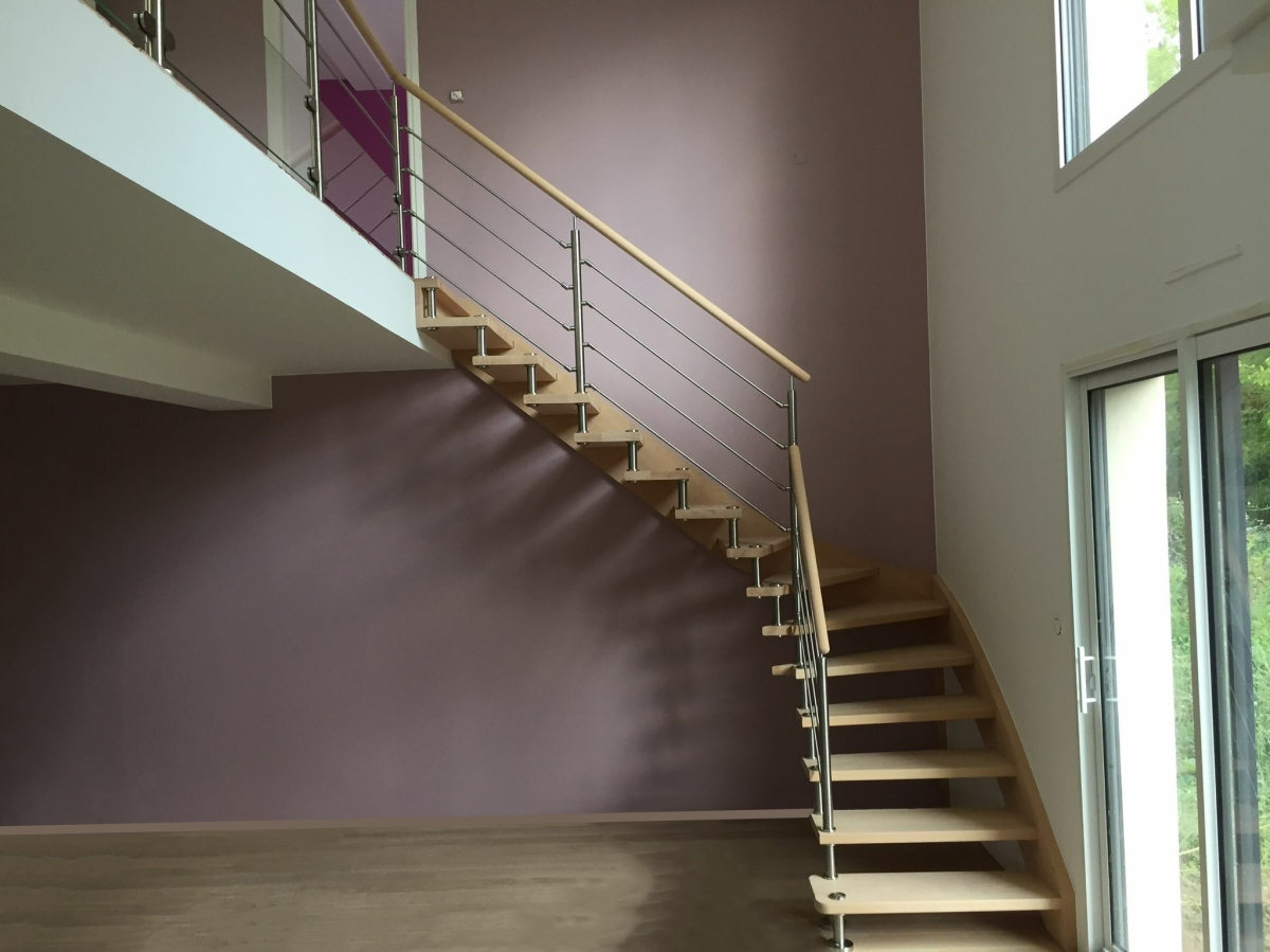 l escalier entretoise inox l alliance du bois et du m tal. Black Bedroom Furniture Sets. Home Design Ideas